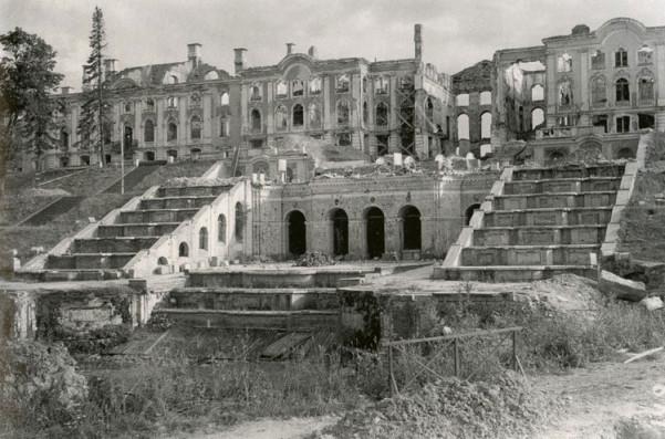 Большой дворец во время войны
