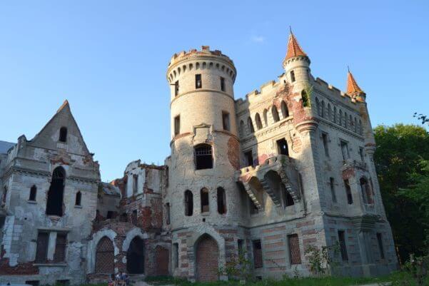 «Замок Храповицкого» в усадьбе Муромцево (1889), с. Муромцево, Владимирская обл.
