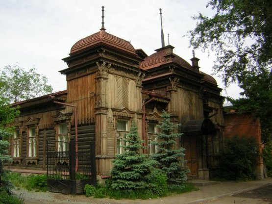Деревянный особняк юдиной