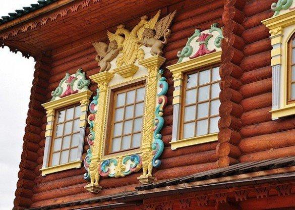 деревянная резьба дворец в коломенском