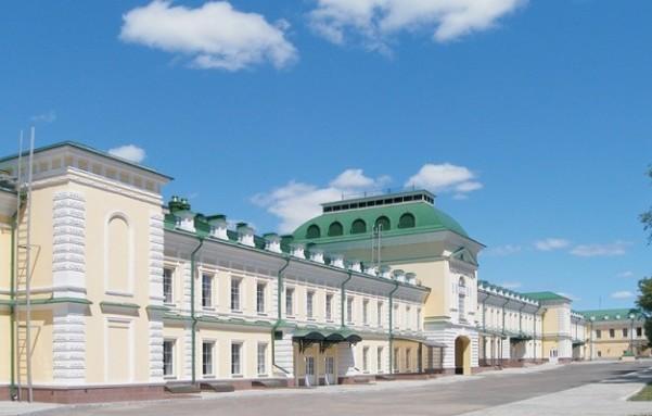 Гостиный двор на ул. Кирова в городе Оренбург, Россия