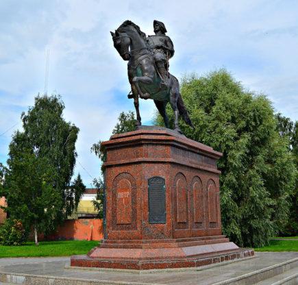 Памятника Петру I в Бийске